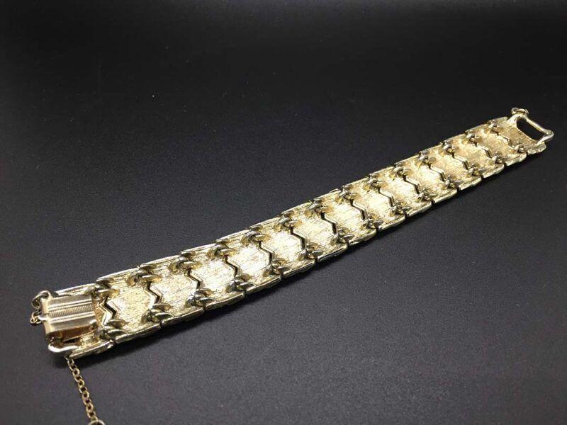 1960s Coro Enameled Flexible Link Bracelet